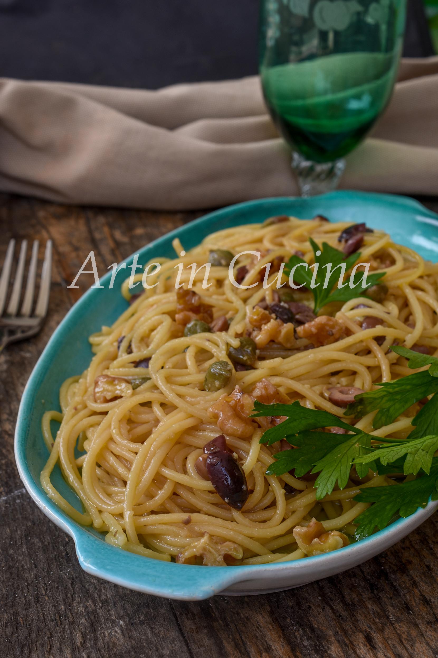 Spaghetti risottati noci e olive veloci e sfiziosi