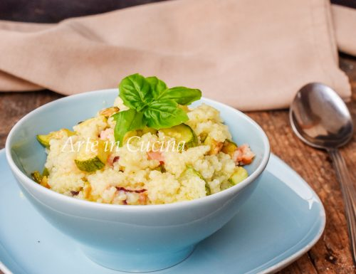Cous cous con zucchine e salmone