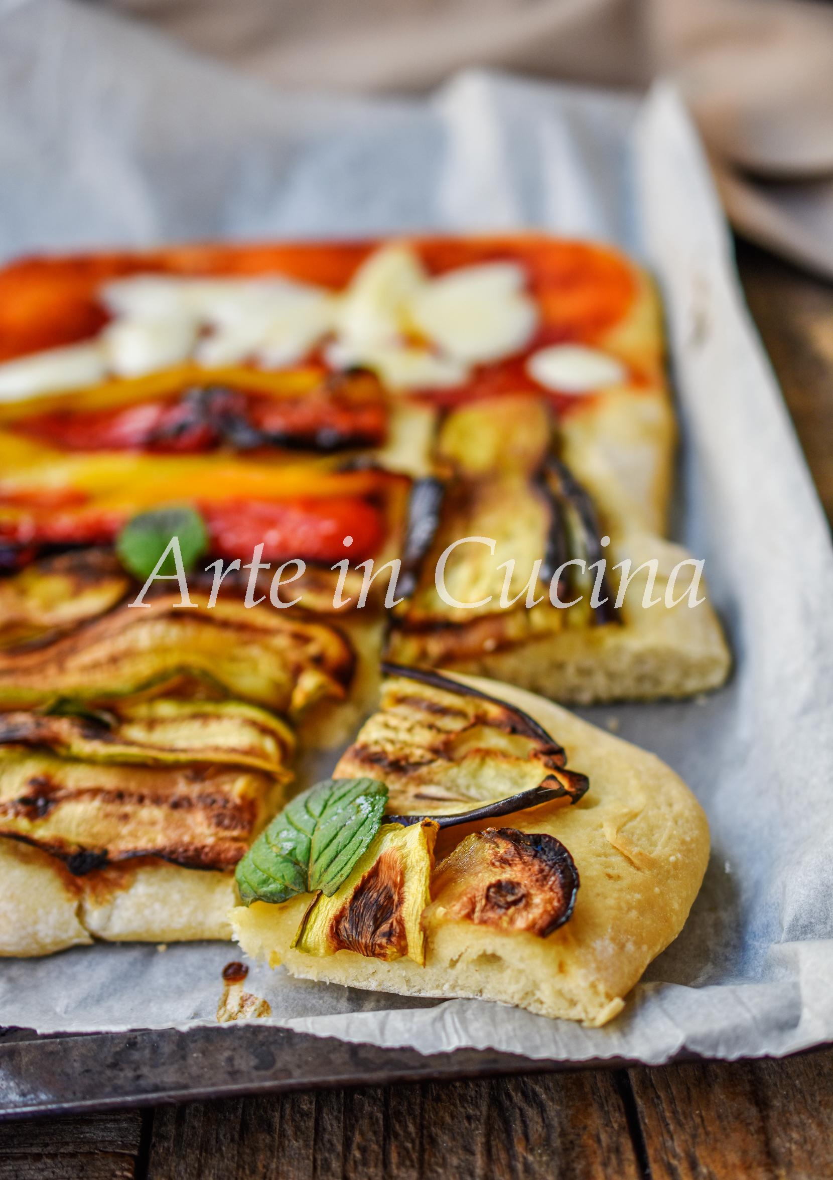 Pizza in teglia con verdure grigliate ricetta semplice sofficissima