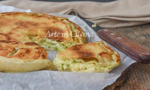 Pizza in padella con tonno e zucchine veloce