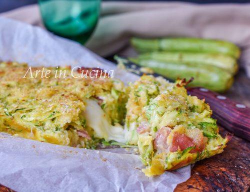 Plumcake di zucchine e speck veloce