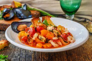 Zuppa di cozze e gamberetti ricetta napoletana