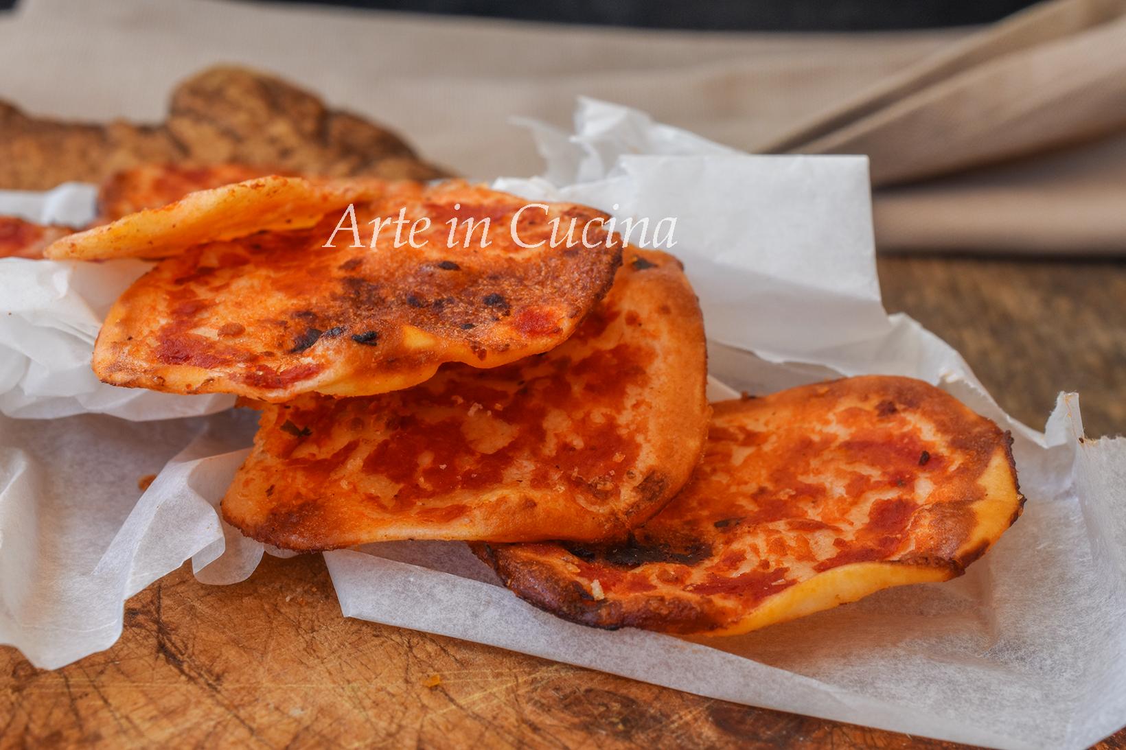 Pizzette sfiziose da aperitivo snack facile
