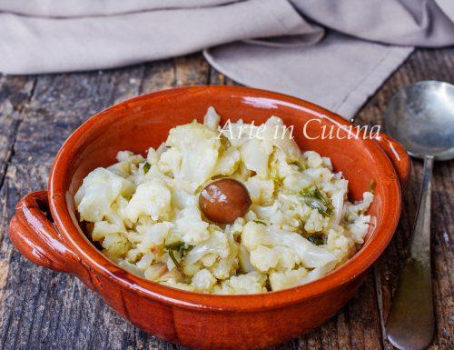 Cavolfiore stufato con olive ricetta leggera