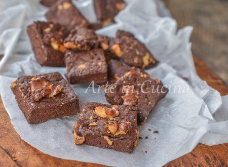 Biscotti con noci al cacao velocissimi