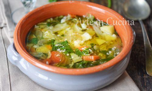 Minestrone di verdure con quinoa