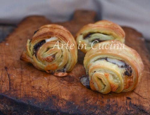 Rotolini di sfoglia alle olive e tonno