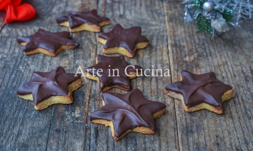 Biscotti di Natale stelline con cioccolato