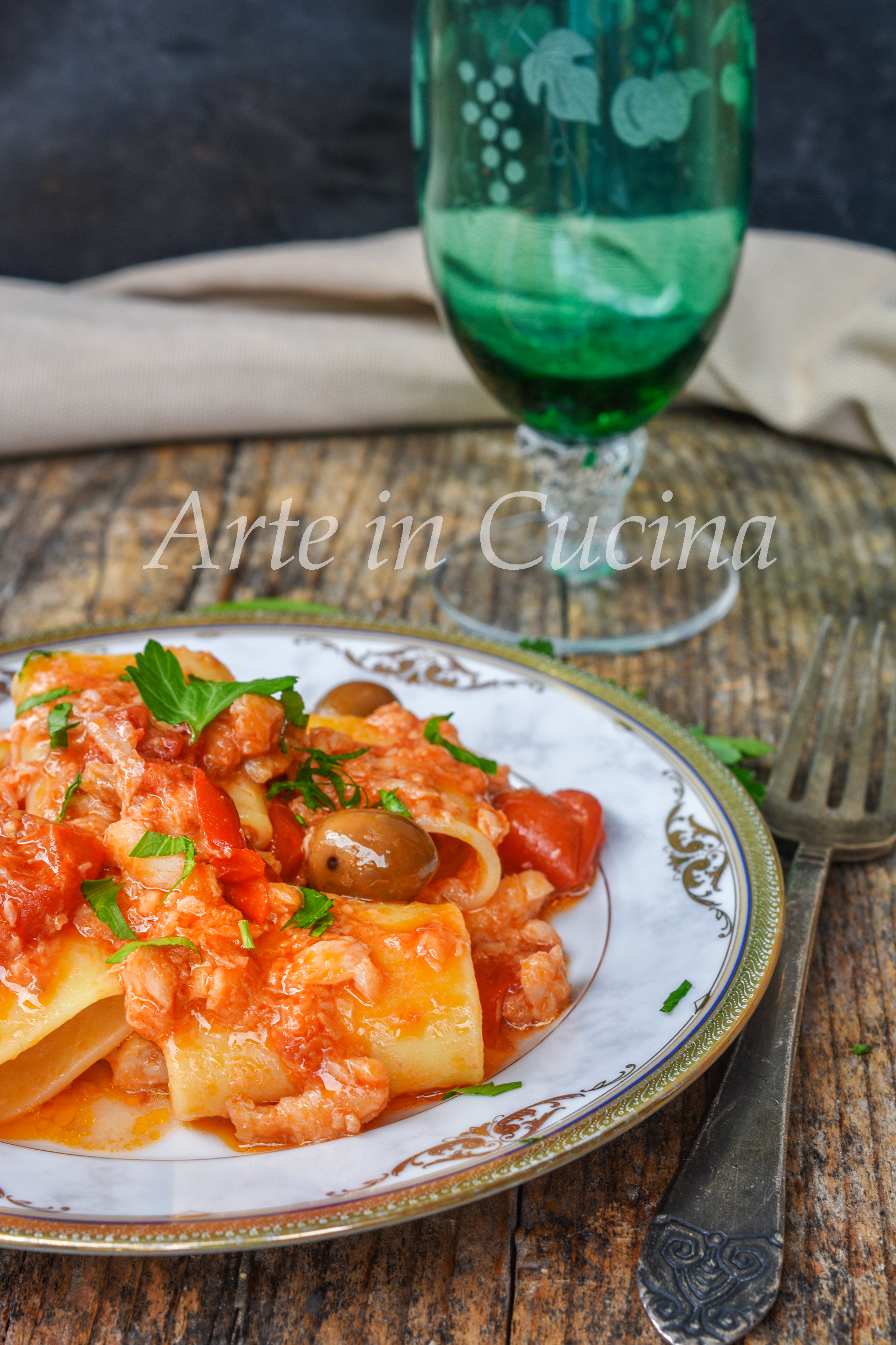 Paccheri con baccalà e olive cremosi