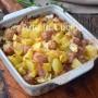 Crauti con patate e salsicce al forno