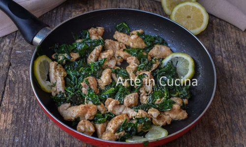 Straccetti di pollo e spinaci al limone