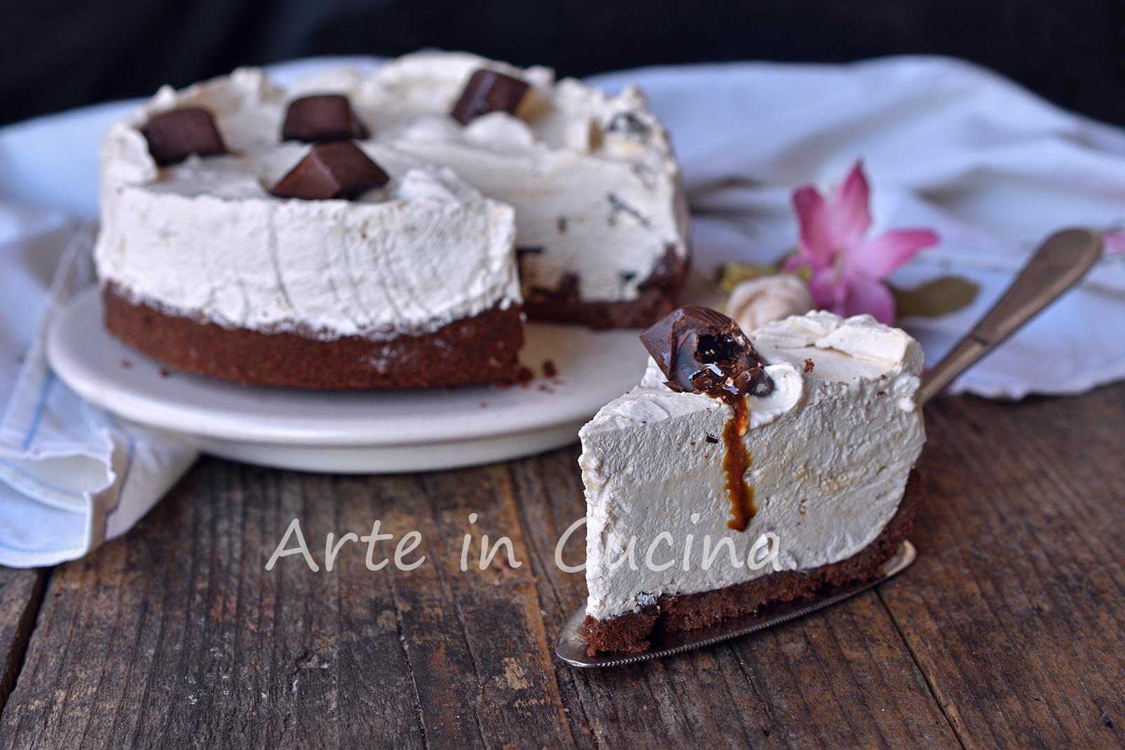 Cheesecake con pocket coffee e pan di stelle