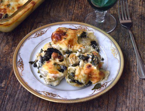 Girelle di pasta con spinaci e salsiccia