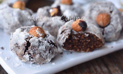 Pasticcini nocciole e cioccolato