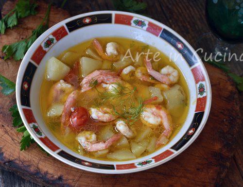 Zuppa di gamberi e patate veloce