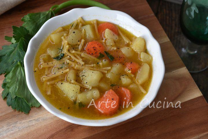 Brodo di patate e carote in 20 minuti