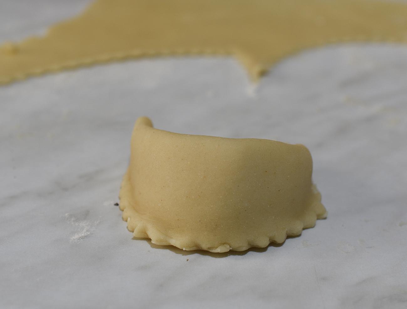 Corna di gazzella biscotti con pasta di mandorle