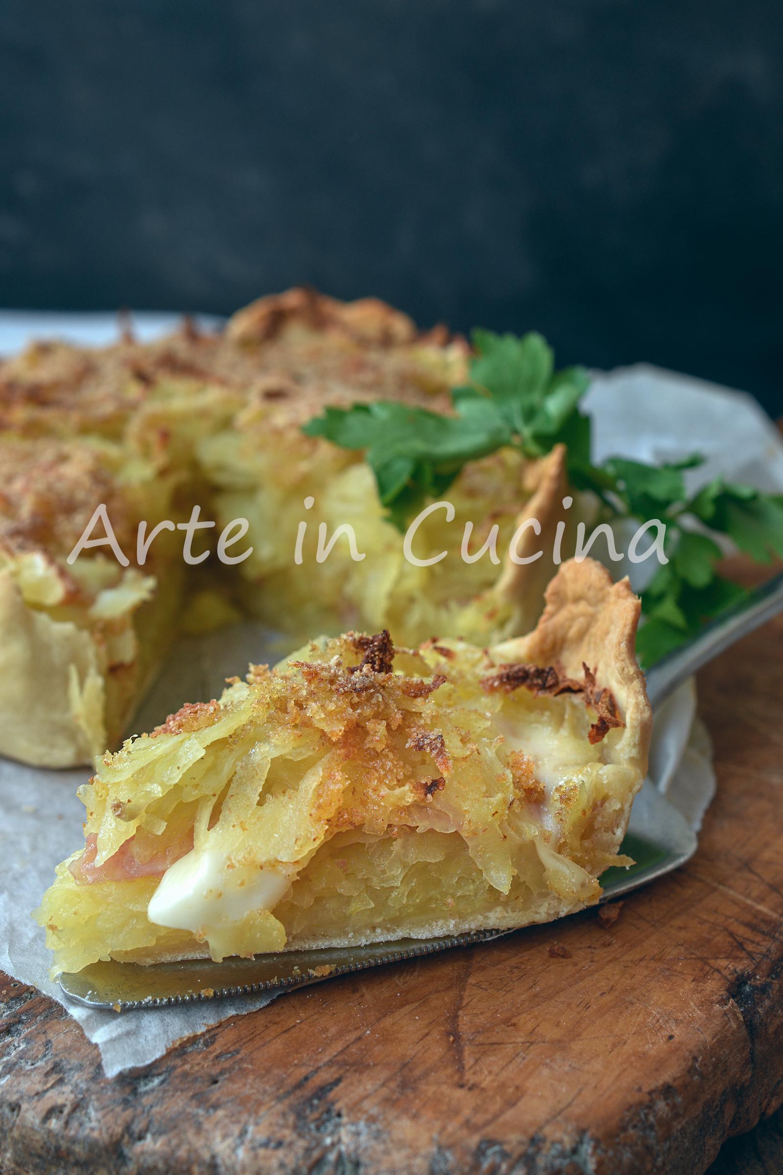 Crostata con patate pasticciate e prosciutto
