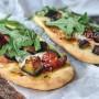 Spianatine di pizza con melanzane veloci