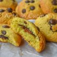 Biscotti alle mandorle cuore di nutella