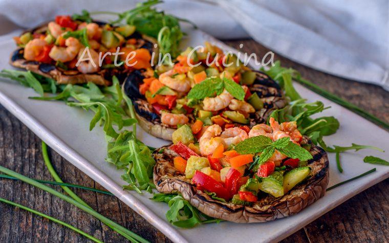 Melanzane con gamberetti e verdure antipasto sfizioso
