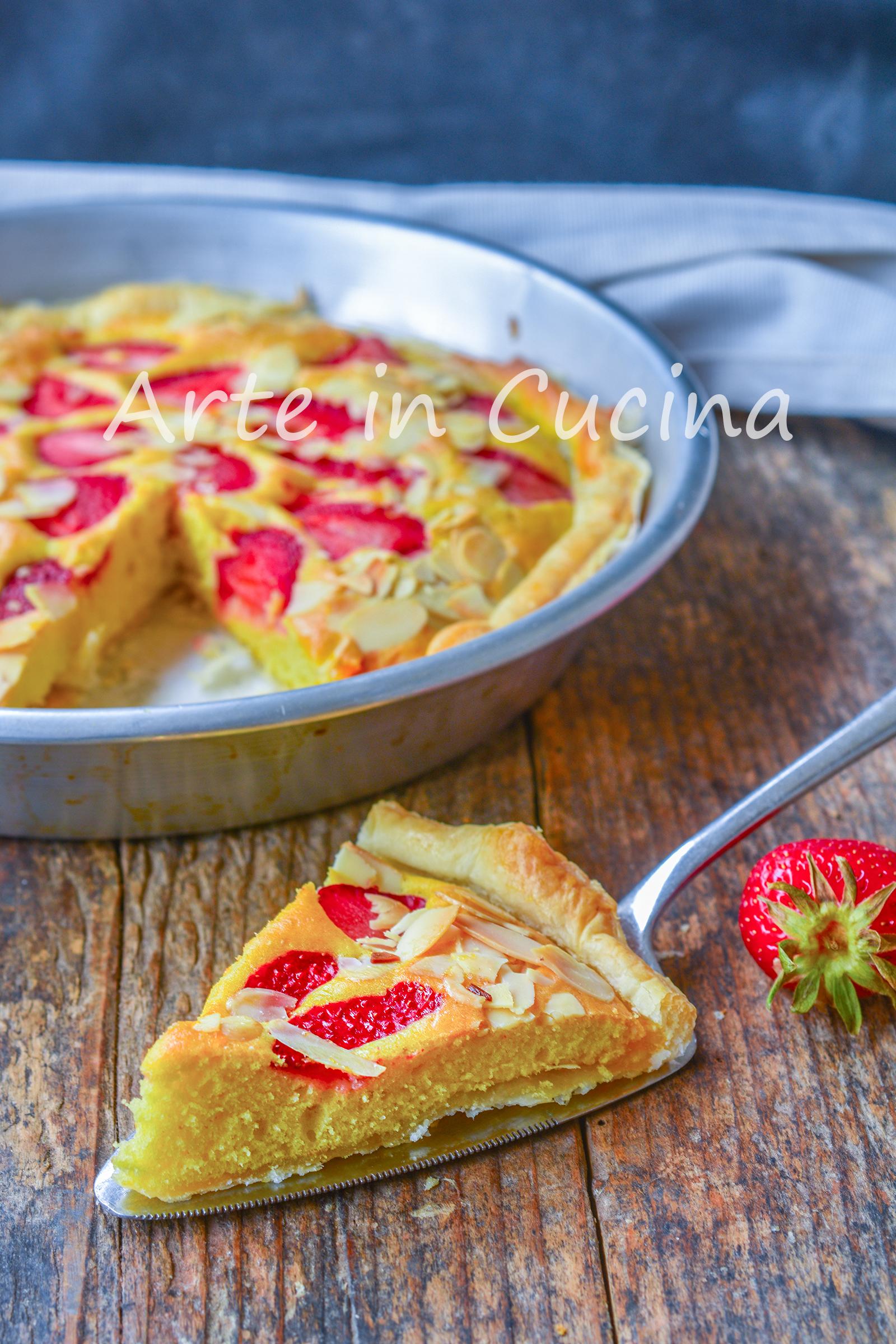 Torta con pasta sfoglia alle fragole dolce veloce