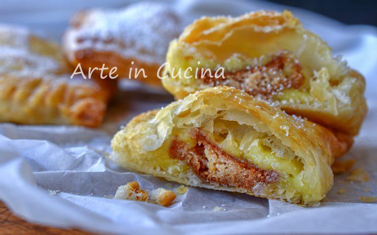 Fagottini con crema e amaretti dolcetti di sfoglia