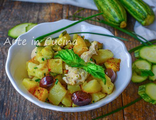 Insalata di pollo con zucchine e patate