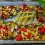 Orata con melanzane e patate al forno