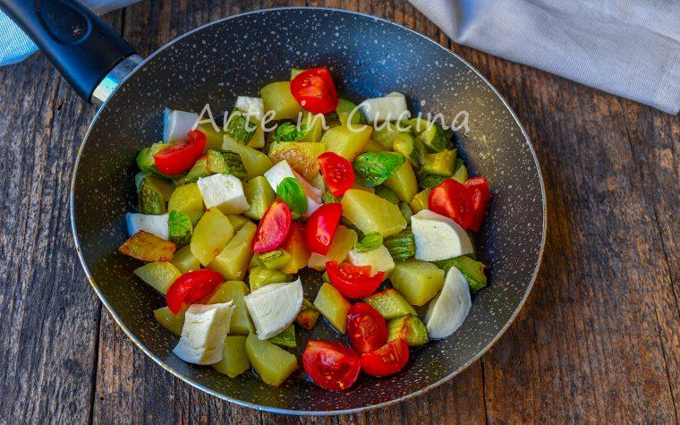 Patate e zucchine alla caprese