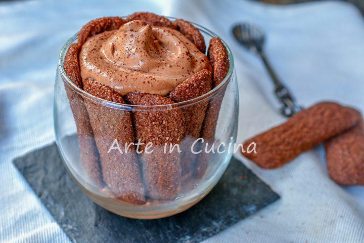 Pavesini con mousse cremosa cioccolato e nutella