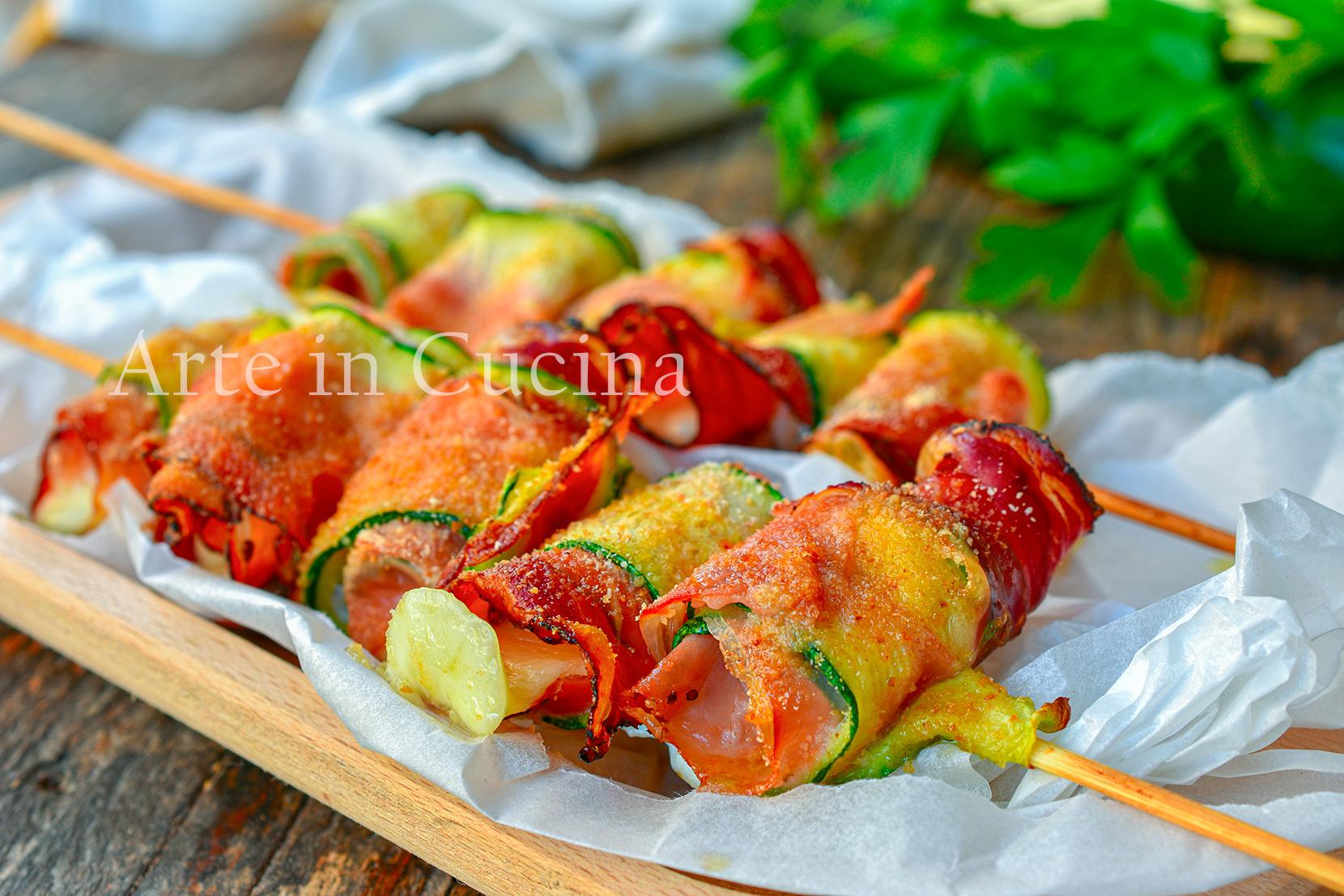 Spiedini di zucchine e speck gratinati antipasto feste 10 minuti
