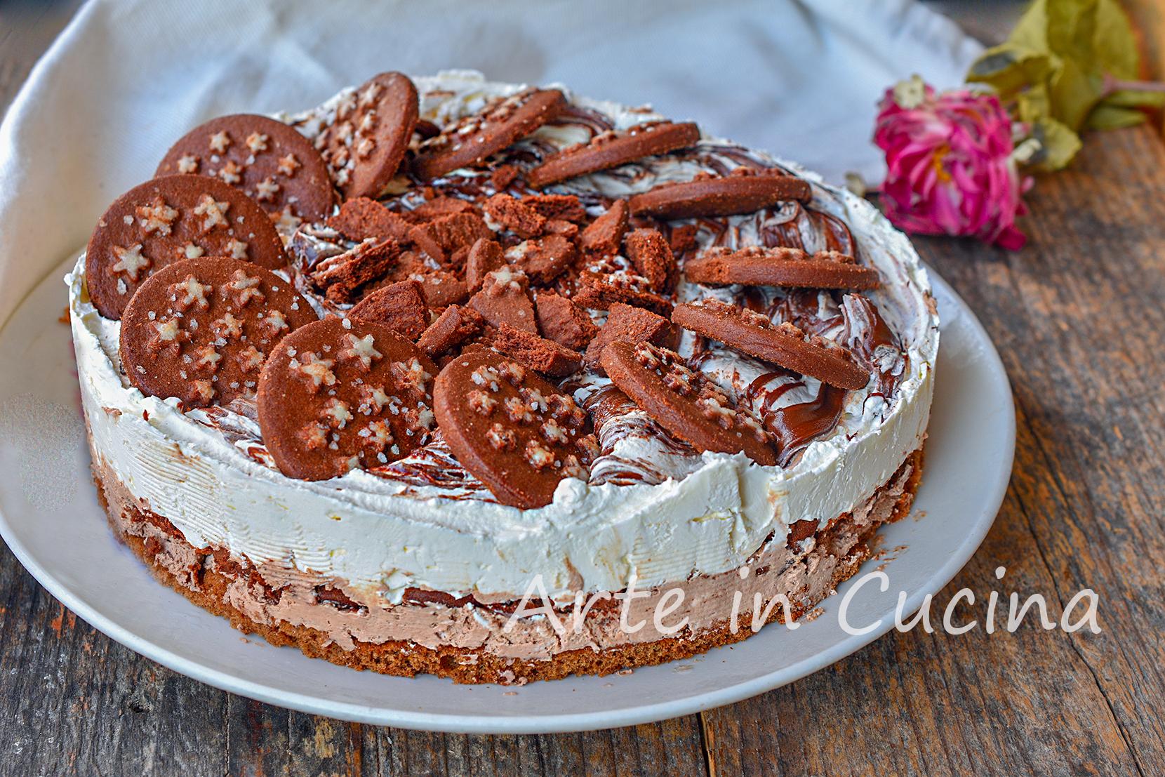 Cheesecake semifreddo con sbriciolata di pan di stelle