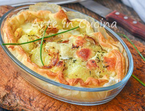 Torta di formaggio e patate con pasta sfoglia