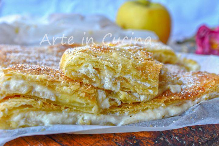 Cheesecake alle mele cremosa con pasta sfoglia veloce e crema pasticcera