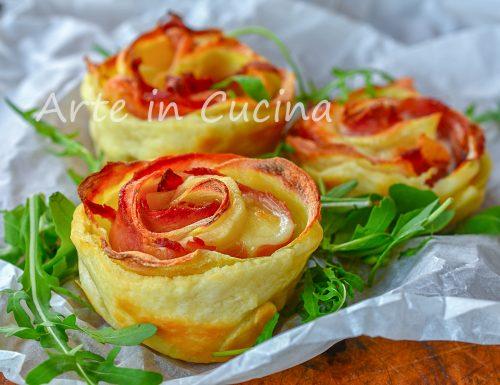 Rose di patate e speck con sfoglia 10 minuti