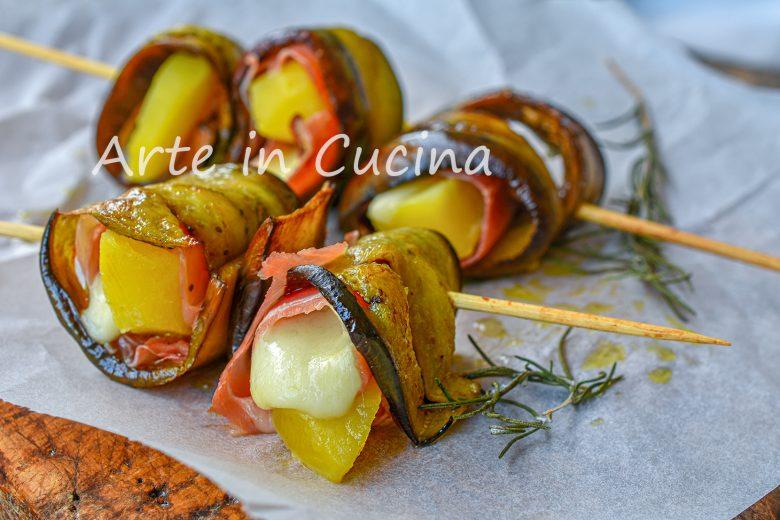 Rotolini melanzane e patate con speck