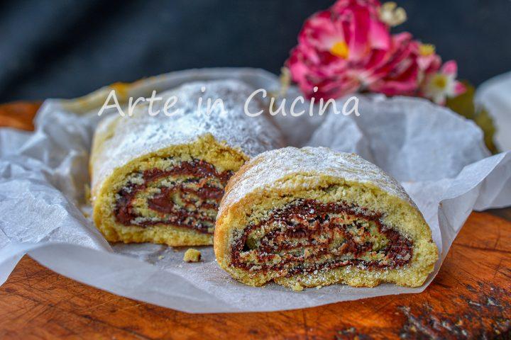 Rotolo biscotto alla nutella dolce veloce 10 minuti