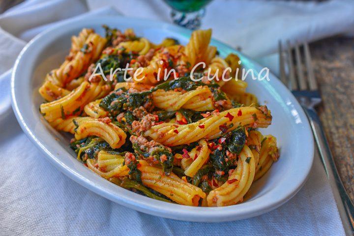 Pasta con friarielli e carne macinata ricetta napoletana