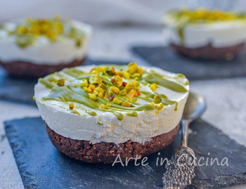 Mini cheesecake di pandoro al pistacchio