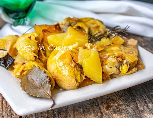 Pollo con patate in tegame o a cottura lenta