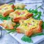 Stelle filanti cremose al formaggio in 5 minuti pasta sfoglia antipasto Natale