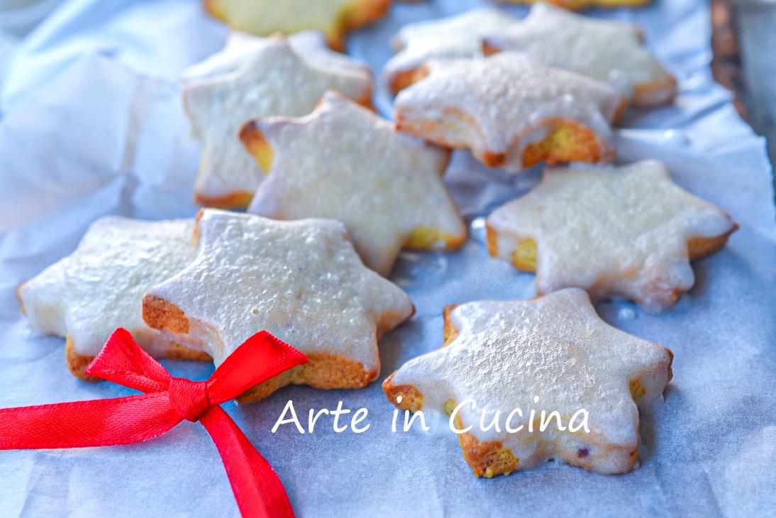 Biscotti Di Natale Zimtsterne.Zimtsterne Biscotti Natalizi Tedeschi Alle Mandorle E Glassa