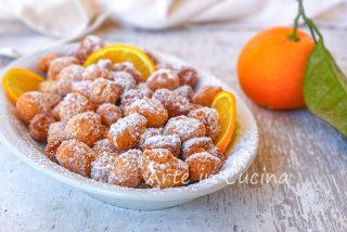 Gnocchetti dolci all'arancia fritti