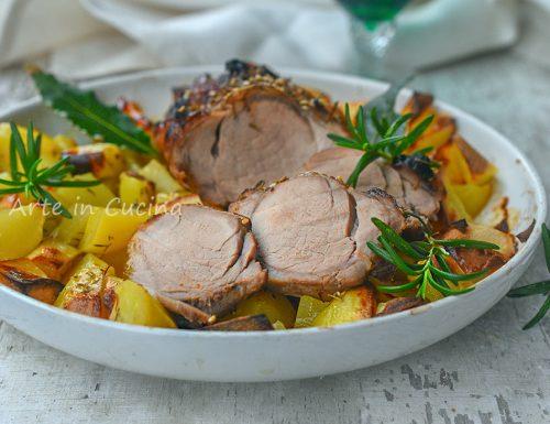 Maialino nero glassato con patate in tegame