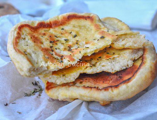 Pane veloce all'origano senza lievitazione