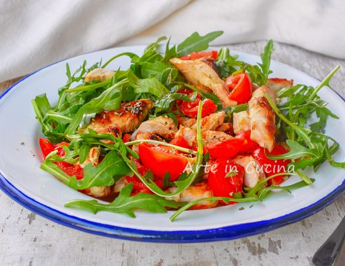 Straccetti di pollo pomodorini e rucola
