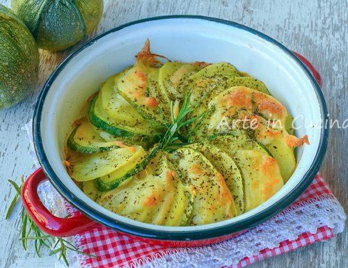 Zucchine con patate e provola al forno