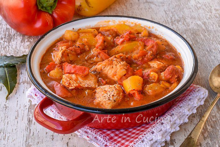 Spezzatino pollo peperoni e patate