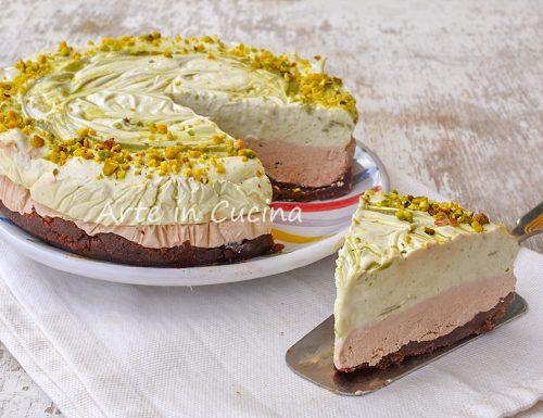 Cheesecake pistacchio e caffè con pan di stelle